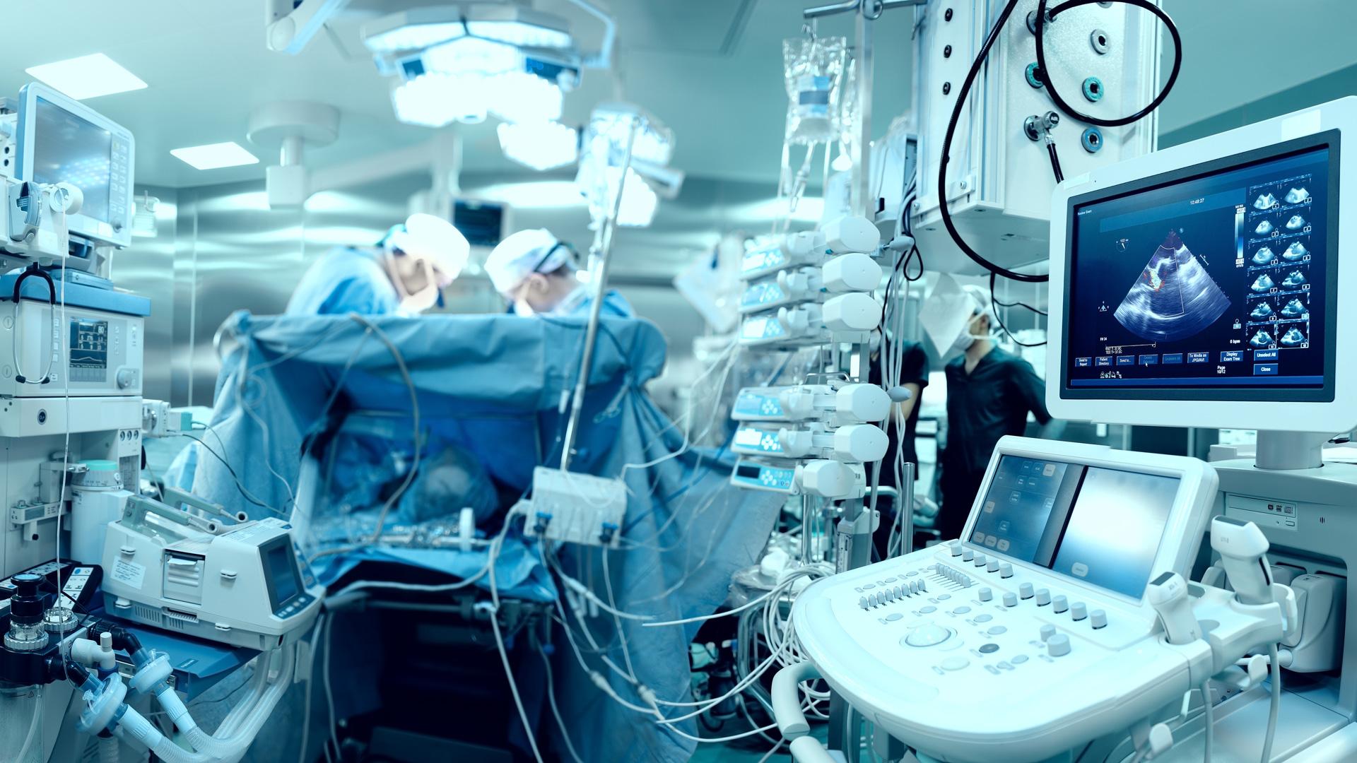 Medical connectors